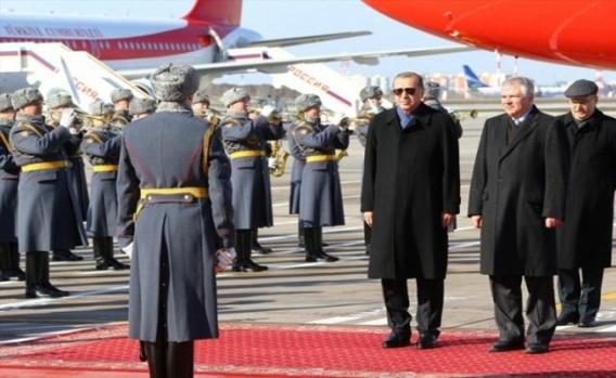 Cumhurbaşkanı Erdoğan Moskova'da böyle karşılandı