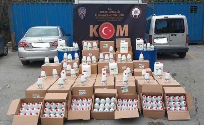 Kaçak dezenfektan üreten imalathaneye baskın:2 gözaltı