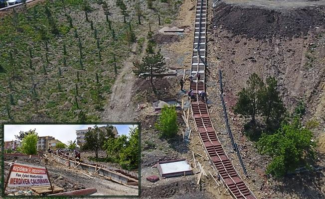 Ankara'da 80 metre uzunluğunda merdiven