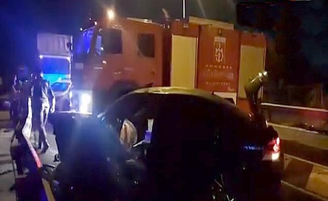 Feribot yolunda feci kaza : 1 ölü 4 yaralı