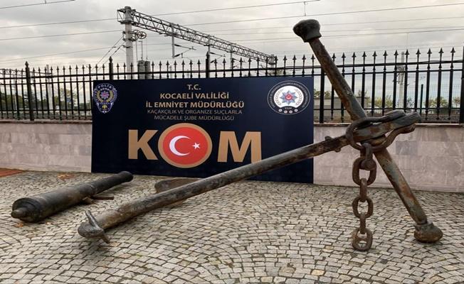 Hurdacının deposundan Osmanlı topu ve çapası çıktı!