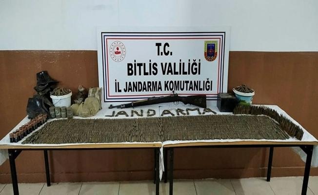 Jandarma'dan Bitlis'te PKK'ya ağır darbe