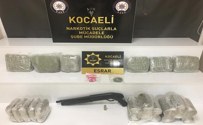 Kocaeli'de uyuşturucu sevkiyatına Polis engeli!