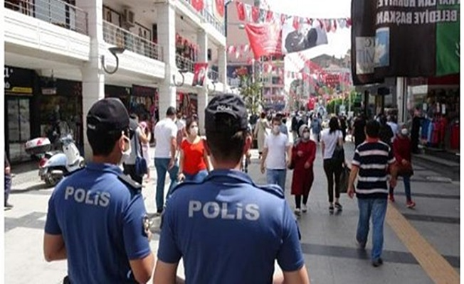 Kurallara uymayan 318 kişiye ceza uygulandı