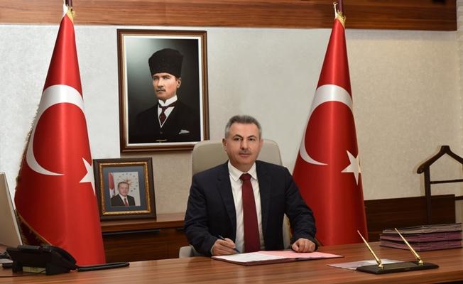 Adana Valisi Elban Adana'nın Kurtuluşu'nun 99. Yıl Dönümü Kutlama Mesajı