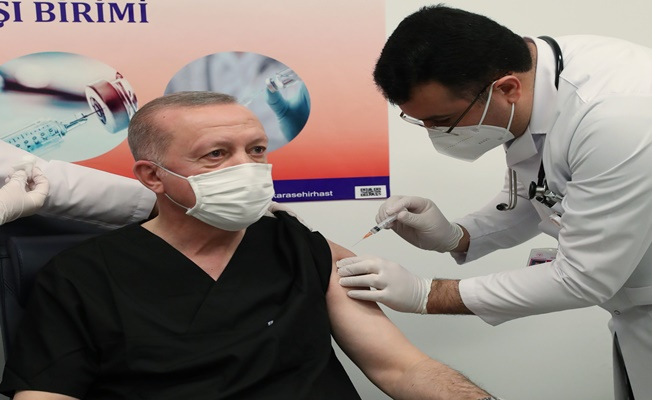 Cumhurbaşkanı Erdoğan covid-19 aşısını oldu!