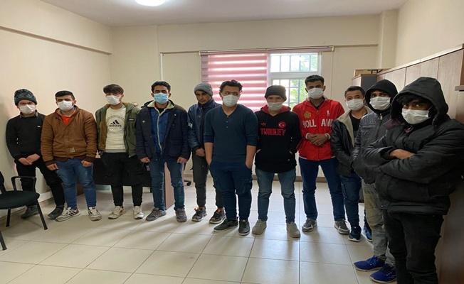 Kocaeli polisinden kaçak göçmen operasyonu!