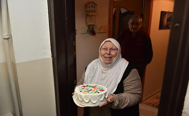 Tuzla'da yaşlılara doğum günü sürprizi