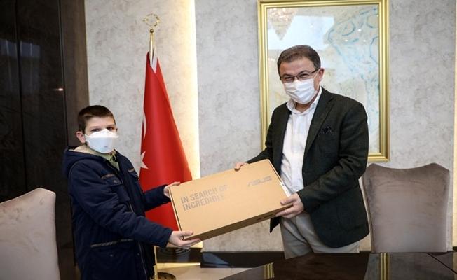 Eyüpsultan Robot okulu öğrencisi Mustafa Şen, Türkiye 1.'si oldu