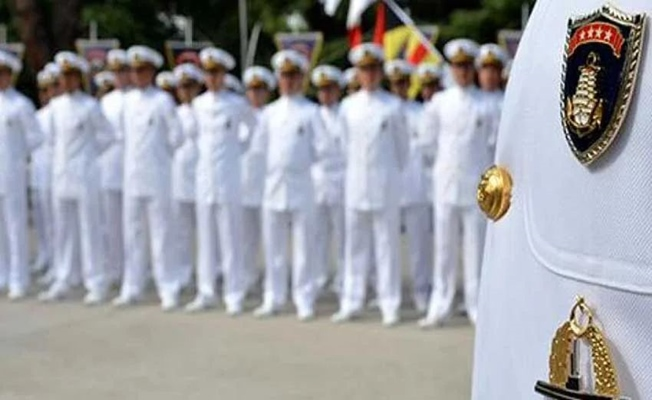 104 emekli amiralin lojman ve koruma hakları iptal edildi