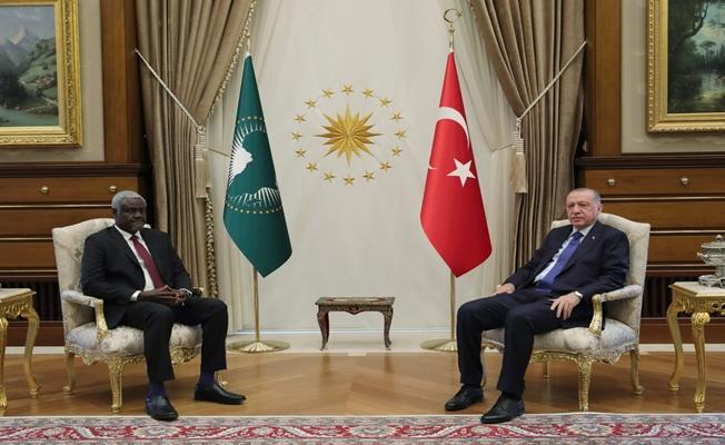 Cumhurbaşkanı Erdoğan, Afrika Birliği Komisyonu Başkanı Mahamat'ı kabul etti