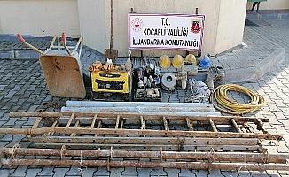 Kocaeli'de Kaçak kazı yapan 4 kişi yakalandı!