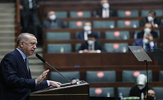 """Erdoğan: """"Türkiye'nin sınırları içinde ve dışında yürüttüğü terörle mücadele harekâtları hem meşru hakkıdır hem de insani görevidir"""""""