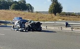 Kamyon ile otomobil çarpıştı; 1 ölü 4 yaralı