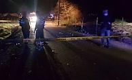Hafif ticari araçla motosiklet çarpıştı:1 ölü 1 yaralı