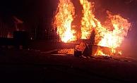 Kocaeli'de Palet fabrikasında büyük yangın !